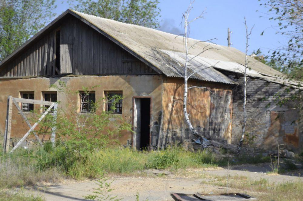 Заброшенная воинская часть №03005, так же известна как «Качинское лётное училище» в Дзержинском районе.