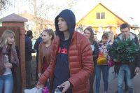Для первой поездки в детский дом Кириллу пришлось продать планшет, чтобы купить детям гостинцы.