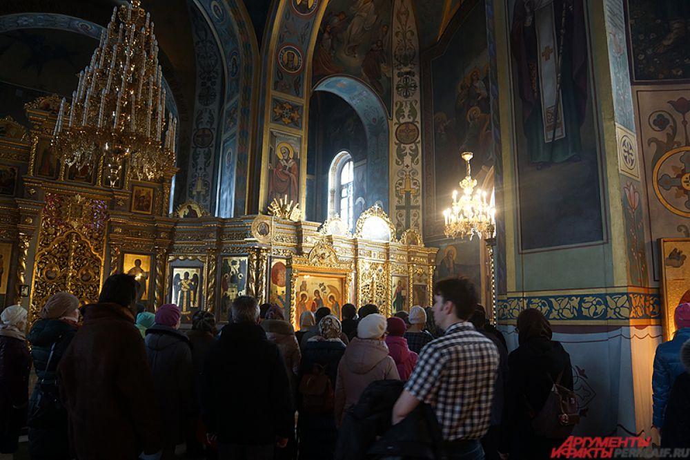 Ранее мощи для поклонения были доступны лишь в Москве.