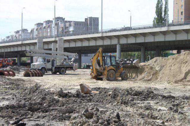 В Калининграде завершают строительство съездов со Второй эстакады.