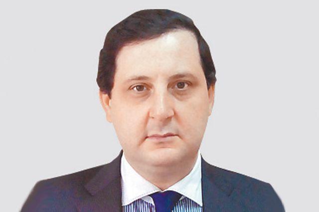 Руслан Абрамов.