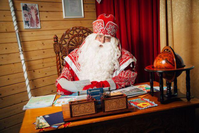 Российский Дед Мороз действительно существует, он всегда жил и живёт в Великом Устюге.