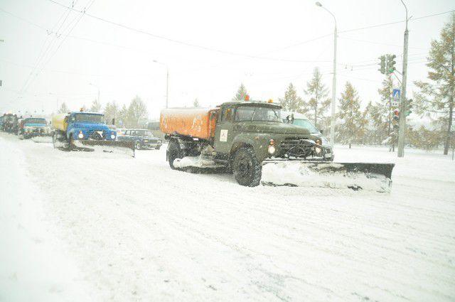 В 2016 году в Омске снегоуборочную технику покупать не будут.