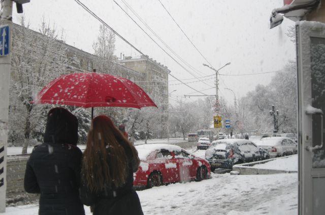 Специалисты вывезли с улиц 50 тысяч тонн снега.