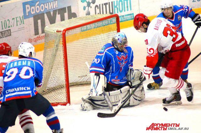 Фото с одного из матчей Славутича.