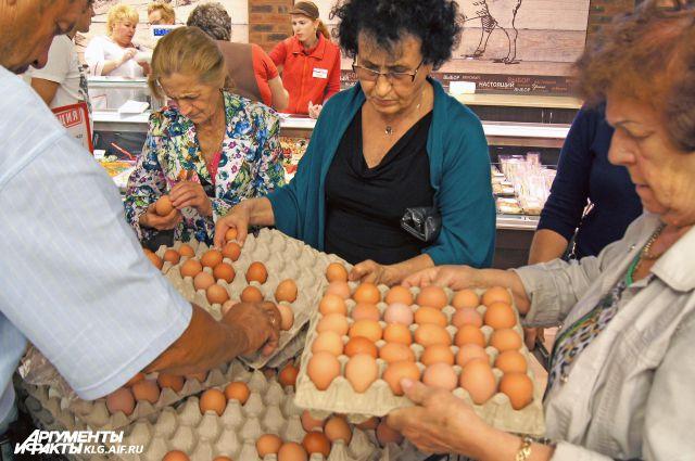 За месяц куриное яйцо подорожало на 13,8%.