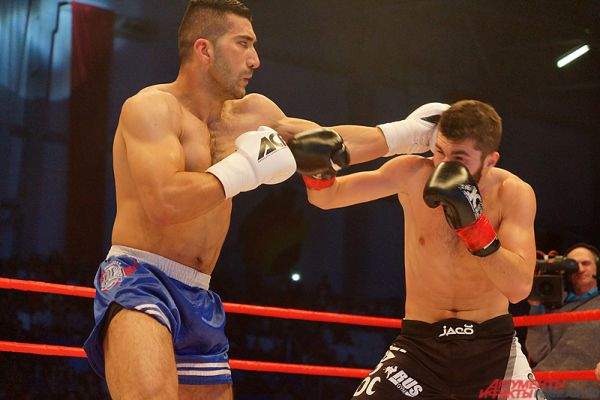 Алим Набиев (Азербайджан) против Масуда Рахими (Афганистан).