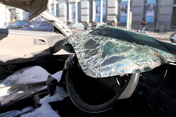 Трещины на стекле и искалеченные человеческие жизни...