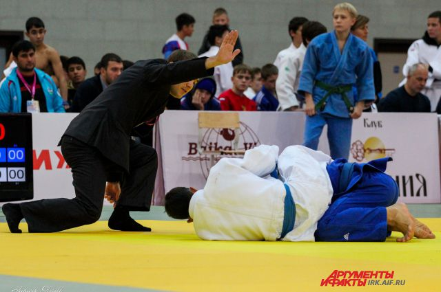 Фото с международного турнира по дзюдо в Иркутске.