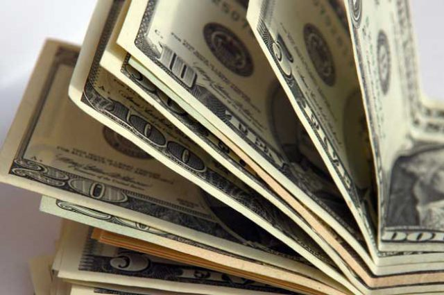 НБУ прокомментировал резкий рост доллара на межбанке