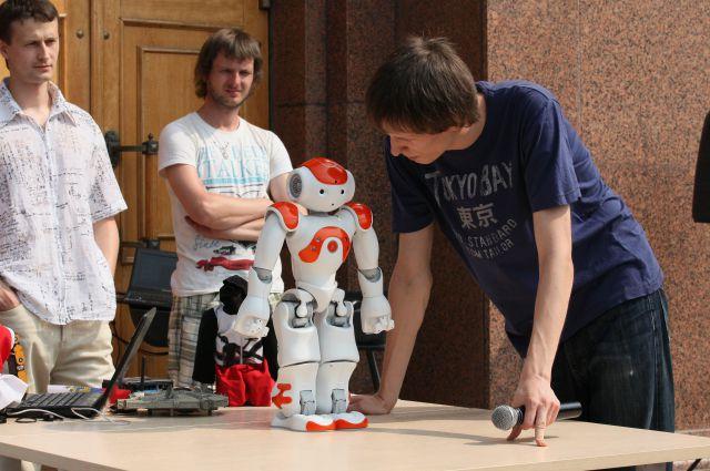 Талантов среди южноуральских студентов хватает - готовы выпускать даже роботов.