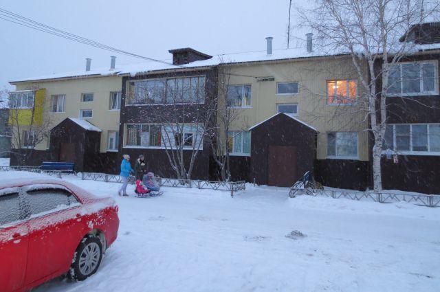 Отремонтированный дом на улице Привокзальной в Когалыме.