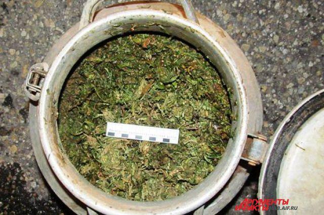 Наркотики предназначались для дальнейшего сбыта во Владивостоке и Хасанском районе.