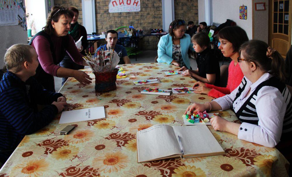 Занятия ведут педагоги-волонтёры