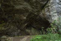 Летучий конь Акбузат вылетел из озера Йылкысыкканкуль, расположенного рядом со всемирно известной Каповой пещерой.