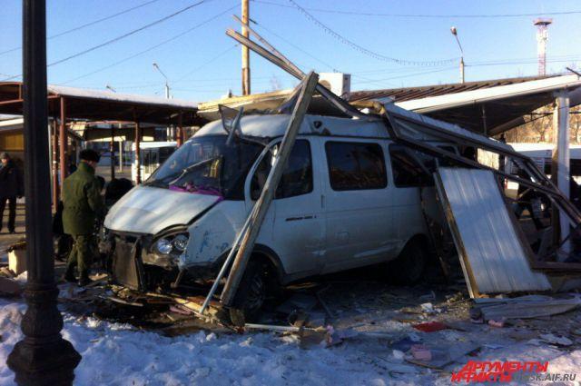 Никто из пассажиров «газели» не пострадал.