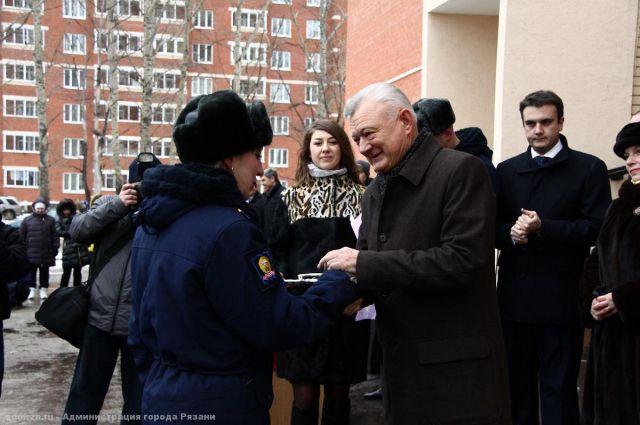 Новоселов поздравил губернатор Рязанской области Олег Ковалев.