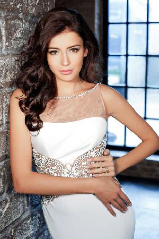 София Никитчук будет представлять Россию на конкурсе «Мисс Мира».