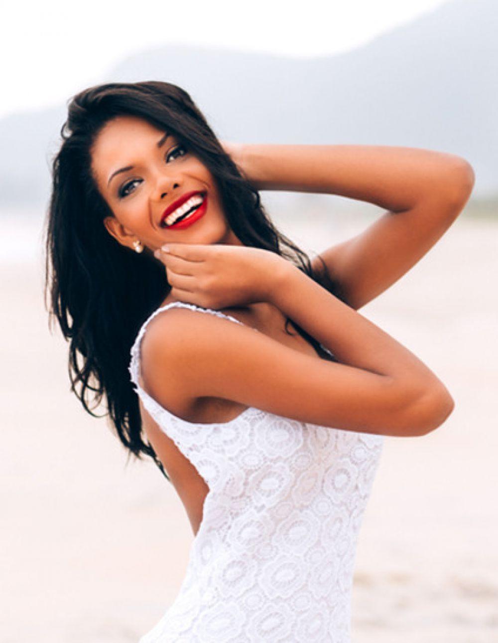 Участница конкурса «Мисс Вселенная» из Анголы.