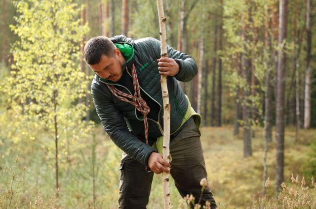 В последние дни дикой жизни у Алексея дошли руки до рогатины - собирался отбиваться от медведей.