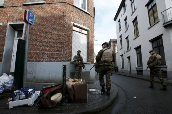 Операции были проведены в брюссельских коммунах Моленбек, Жетт, Андерлехт, Форе, Скарбек, Волюве-Сен-Ламбер, а также в городе Шарлеруа.