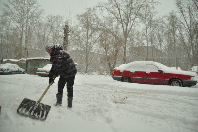 23 ноября город снова завалило снегом.
