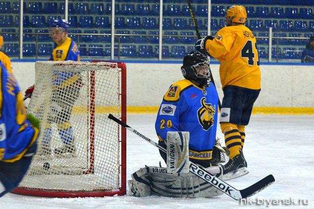 Следующие матчи Лиги ОТВ будут проходить на льду КСК «Фетисов-Арена» в воскресенье, 29 ноября.