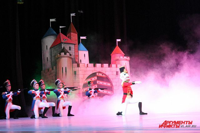 29 декабря в Приморском театре оперы и балета дети со всего Приморья смогут посмотреть балет «Щелкунчик».