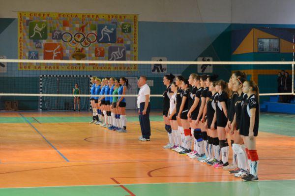 Соревнования на Кубок имени В. И. Салина по волейболу среди женских команд муниципальных образований Ростовской области проводятся с 2011 года.