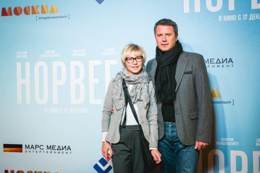 Алена Бабенко с мужем Эдуардом Субочем