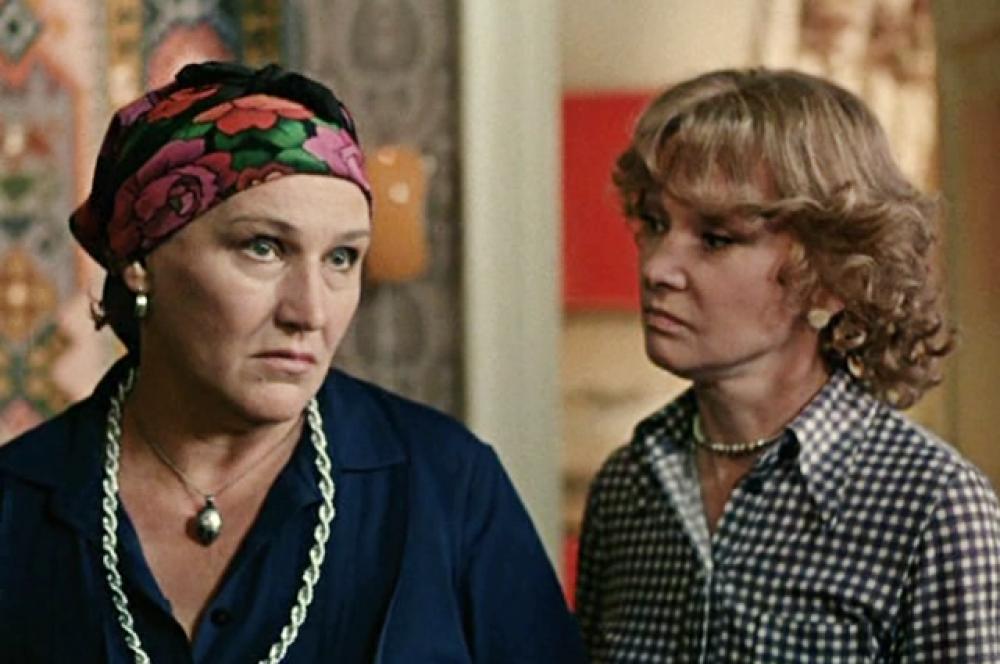 С Людмилой Гурченко в фильме «Вокзал для двоих» (1982)