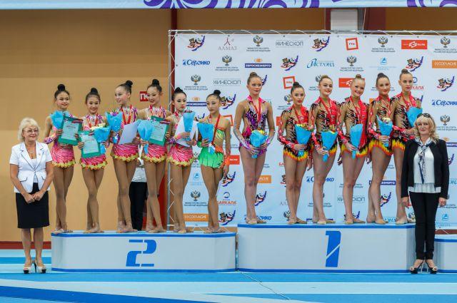 Среди иркутских гимнасток много настоящих звезд.