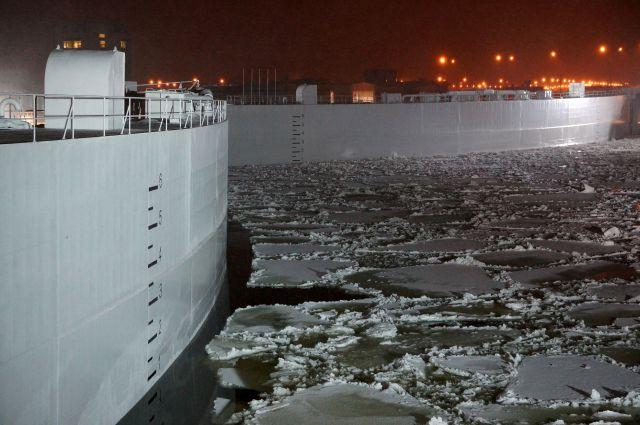 Мощные батопорты противостоят воде и льду.