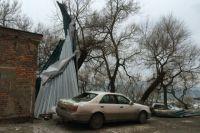 Автомобили получили повреждения разной степени.