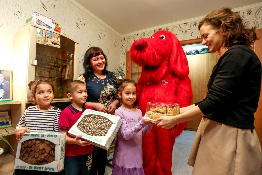 Тройняшек Гиматдиновых АиФка уже поздравлял с началом школьной жизни.