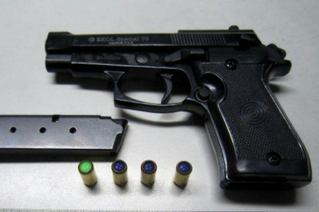 Участились попытки незаконного провоза оружия через калининградскую таможню.