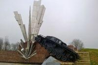 Памятник воинам-сапёрам Панфиловской дивизии «Взрыв».