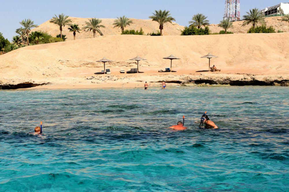 Опустевшие пляжи в Шарм-эль-Шейх.