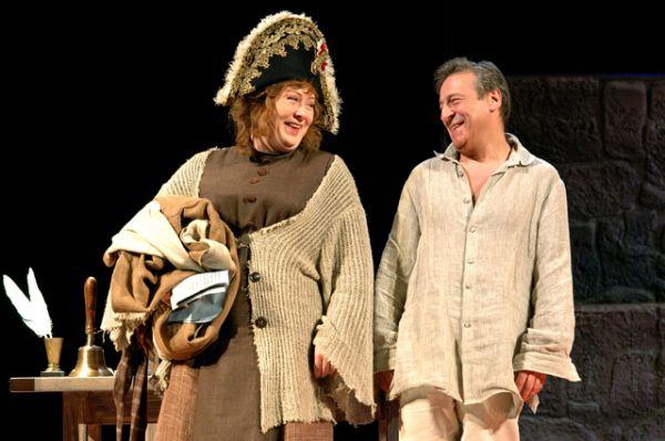 В 1997 году Геннадий Хазанов стал руководителем московского Театра Эстрады и работает в этой должности по сей день. Он давно отошел от жанра репризы. Его монологи, над которыми когда-то смеялся весь Советский Союз, теперь можно увидеть только по телевизору.