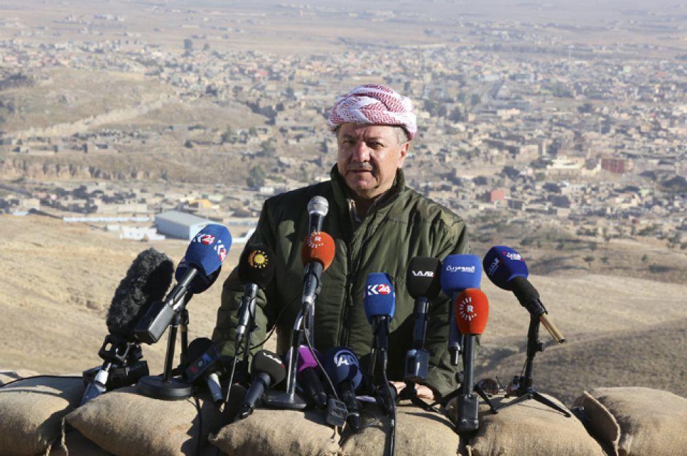 Президент Иракского Курдистана и лидер Демократической партии Курдистана Масуд Барзани во время пресс-конференции в городе Синджаре, Ирак.