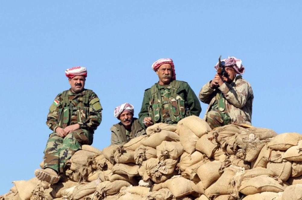 Курдские боевики, которые наряду с демократическими силами Сирии борются за освобождение сирийских территорий.