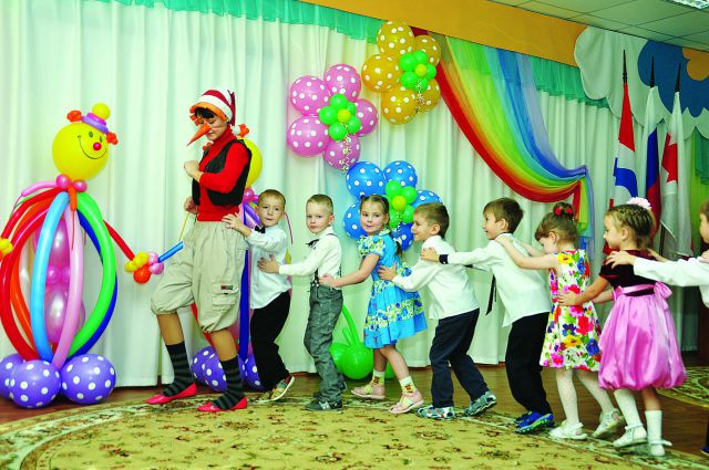Обеспечение малышей местами в детских садах - в приоритете.