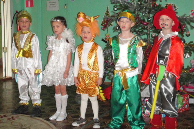 Ребята из далёкой Ольги верят: Дед Мороз придёт.