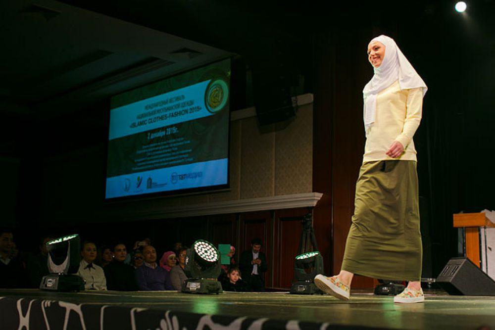 Повседневная одежда. В моде и спортивный стиль для мусульманок, ведущих активный образ жизни.