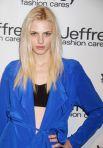 Австралийская модель-трансгендер Андреа Пежич – за переосмысление стандартов красоты.