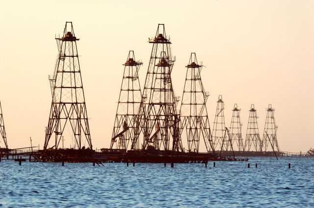 Путин выразил сожаления всвязи сЧП нанефтяной платформе «Гюнешли»