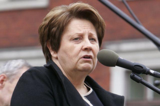 12:04 0 42  Глава правительства Латвии объявила об отставкеВозглавляемый Лаймдотой Страуюмой кабмин также будет