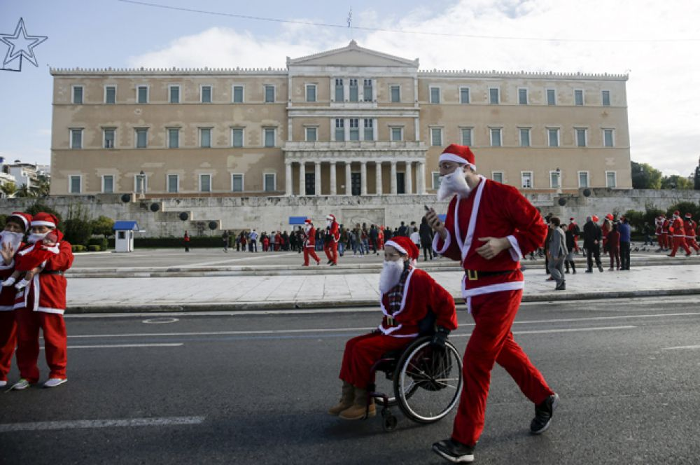 Костюмированный забег в Афинах