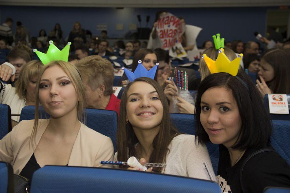 С королевами красоты в зале определились быстро.
