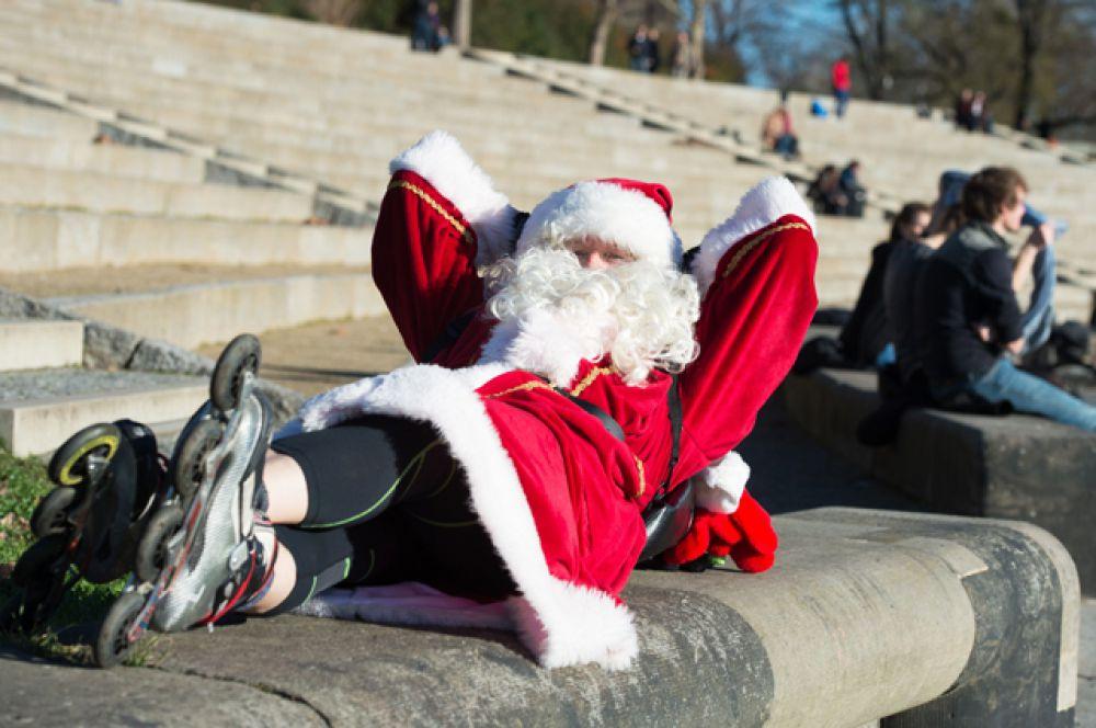 Санта-Клаус на роликах, Дрезден, Германия